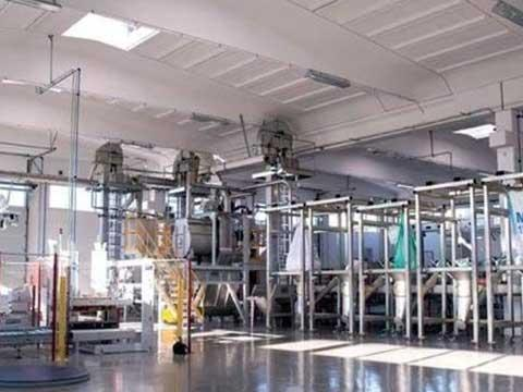Through the laboratory and the manufacturing plant, the Tecnobell team develops and manufactures high quality fertilizers using the finest raw materials.