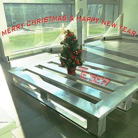 TE.SER Aluminium Pallets - Happy Holidays