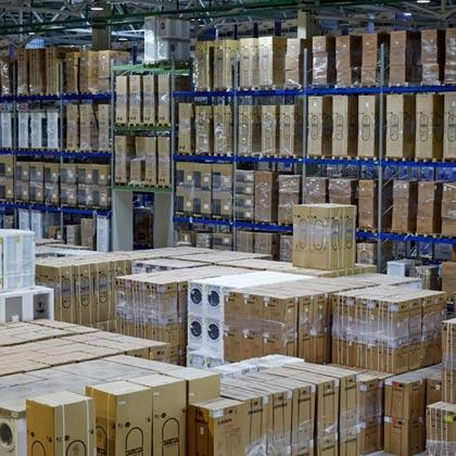 If you are puzzled by goods storage issues, contact Point Logistics office.