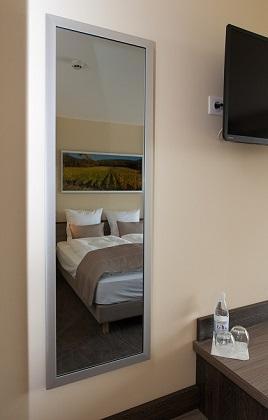 Radiateur infrarouge 700 W miroir anti-buée cadre personnalisé