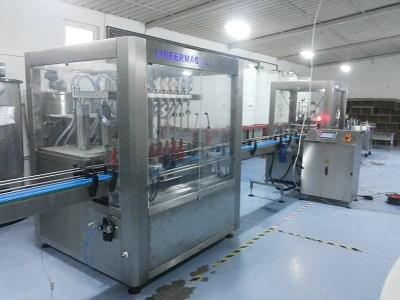 Auıtomatic Liquid filling machine and caping machine and labeling machine