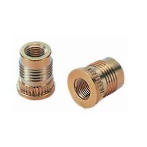 Inserts à presser pouvant être installés dans de nombreuses matières thermoplastiques.