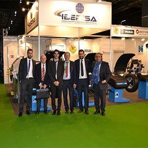 El equipo de Iberisa S.L. trabaja con dedicación para ofrecer el mejor servicio y calidad a sus clientes.