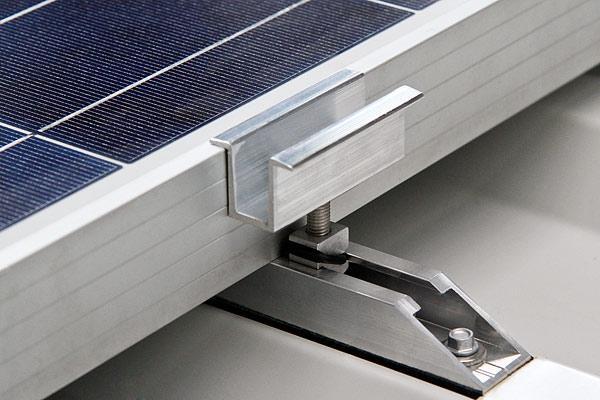 Mittelklemmen und Endklemmen für alle Größen von Photovoltaikmodulen