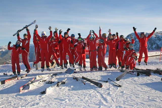 Team der Skischule Rot Weiß Rot mit 4 Standorten in Wagrain, Sankt Johann im Pongau-Alpendorf und Goldegg