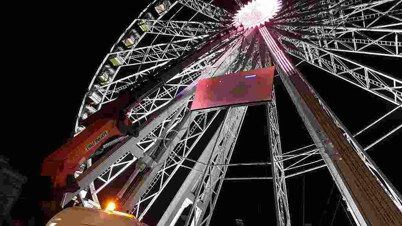Big Ferris Wheel - Old Square Market, Nottingham, UK 2016