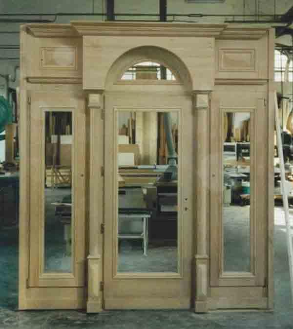 Entrance portal solid wood