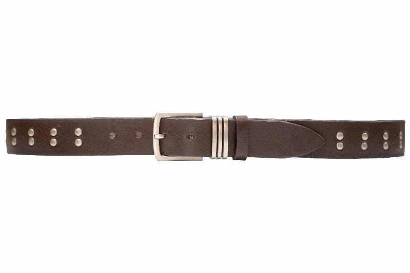cintura in cuoio con rivetti