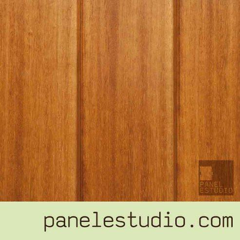 Panel de madera con núcleo aislante y acabado decorativo Iroko, para cubiertas, tejados, entreplantas, forjados, tabiques y trasdosados. www.panelestudio.com