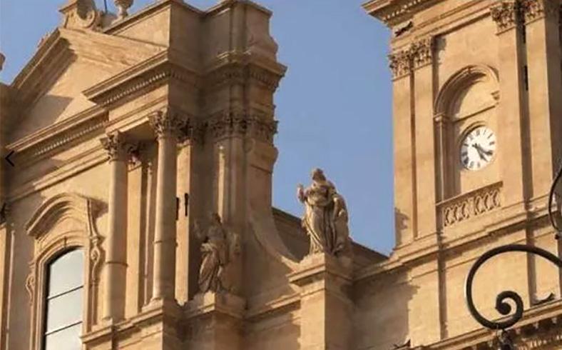 Michele Dell'Aira ristrutturazione cattedraleu