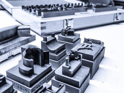 Eigene Herstellungvon Grafitelektroden