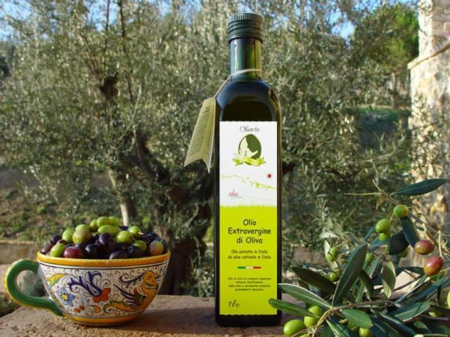 Olivarte evo è ottenuto da olive raccolte appena invaiate e molite in un impianto a ciclo continuo integrale.Ha un fruttato deciso, è equilibrato ed armonico nelle note dolci, amare e piccanti .