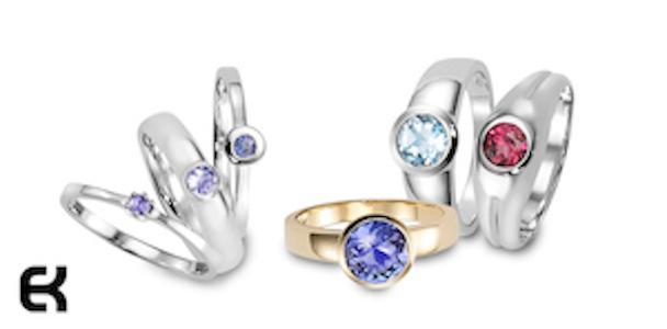 Das ist unsere neue Linie mit Damen Ringe in Sterling Silber und Gold 18 KT mit Turmalinen, Aquamarinen und Tanzaniten. Elegant schlicht.