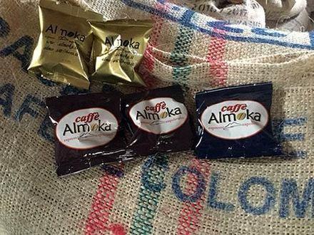 Caffè Almoka produce cialde di caffè delle migliori miscele compatibili con le migliori macchine in commercio.
