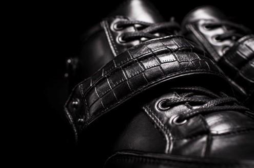Velcro Sneaker detail