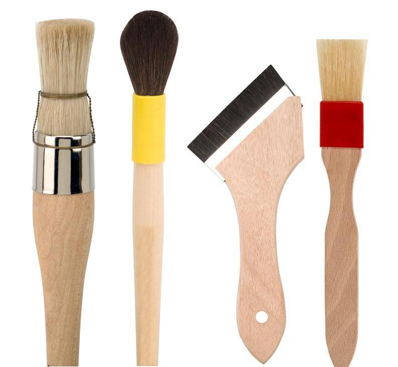 We offer a wide range of special brushes for industry- applications. All brushes are handmade in Germany. Please send us your specific needs.