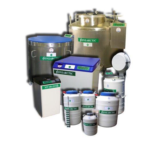 Kryobehälter aus Edelstahl und Aluminium