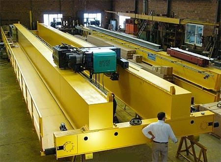Bipoutre 32 T x 24 m (en nos ateliers)