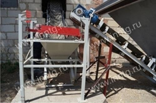 This set of Semi-automatic production lines is designed to produce the aerated concrete by conveyor technology. Capacity is up to 49,6 m3 NAAC blocks per day