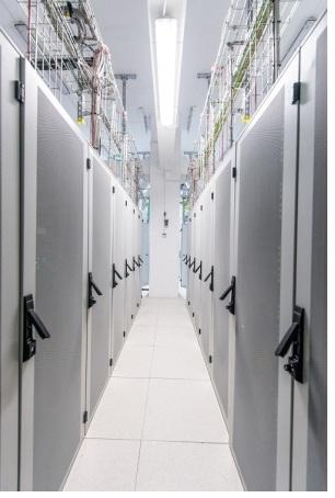 DATA CENTER, BUCHAREST, ROMANIA, COLOCATION, HOSTING, PEERING, BEST COLOCATION DATA CENTER EASTERN EUROPE, price lower than FRANKFURT, AMSTERDAM, LONDON, same conectivity, low latency with TURKEY