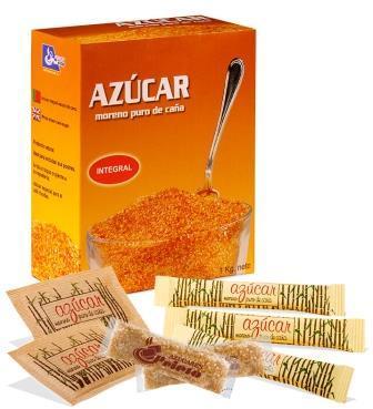 El azúcar moreno de caña está extraído directamente de la caña de azúcar y no ha sido sometido a ningún proceso de refinamiento por lo que conserva intactos todos sus nutrientes.