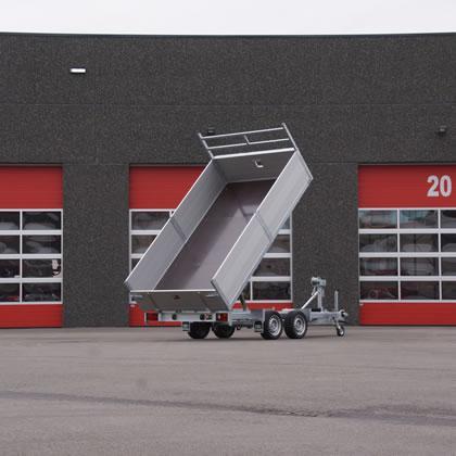 Bij EBO van Weel worden alle aanhangwagens op maat gemaakt, volgens de wensen van de klant. Binnen deze vrijheid staan we voor een robuust product, bestaande uit een verzinkt en sterk chassis.