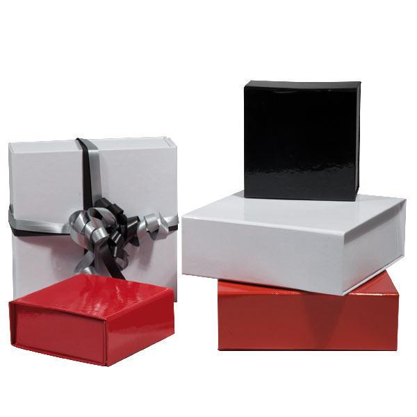 boite d'emballage personnalisée ou neutre, pour tout type d'application en fonction de vos besoins. Boite à chaussures, boite à bijoux, boite à prospectus etc.
