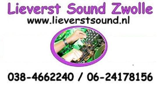 DJ Fernand with equipment