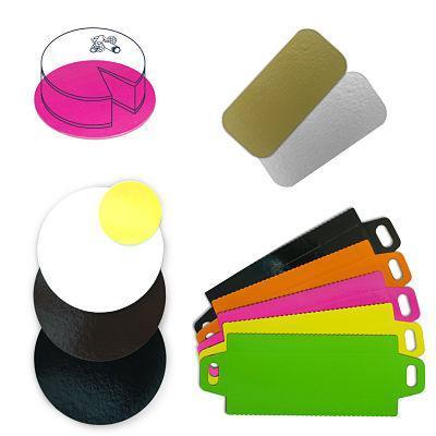 Bases de cartón con laminado en colores. Adaptables a cualquier medida y a las impresiones deseadas por cada cliente. Aptas para el contacto alimentario con la máxima seguridad ISO/BRC.