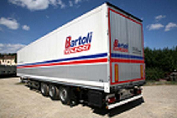 Semirimorchio furgonato da 13.60 metri per 34 europallets