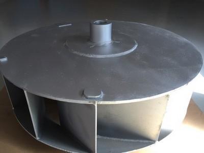 Revêtement hautement résistant contre la corrosion, chargé en lamelle de zinc et d'aluminium. Obtenu par pulvérisation au pistolet ou par dépôt électrostatique pour des pièces de gros volume.