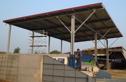 Realizzazione di tettoie, pensiline e portici agricoli