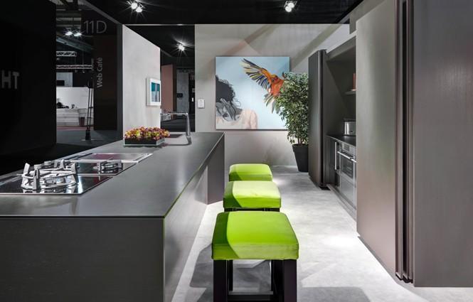 Cucina elam Tech con sistema interattivo cloud. Cucina definita in ogni dettaglio.