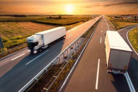 Agentes de aduanas para la importación exportación y tránsito