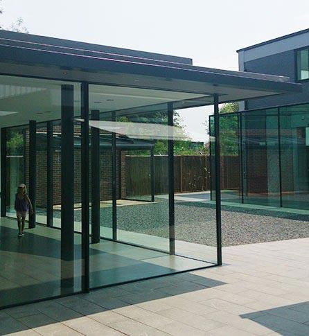 Architectural Glass Showroom in Amersham, London