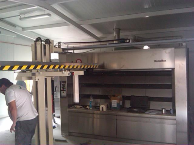 Pasión por la cocción!!! HORNOS PARA PANADERÍA cobaMaq.  La mejor elección en hornos industriales para panaderías, bollerías, restaurantes, etc... www.cobamaq.com