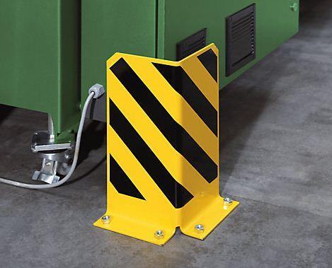 The use of this type of crash protection guard is compulsory for permanently located shelving which is used in conjunction with transport vehicles.Made of steel with black/yellow warning stripes