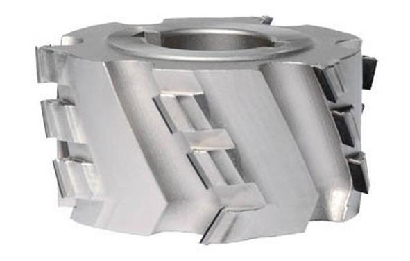 Montenero Srl produce un'ampia gamma di lame standard in PCD   per la sezionatura con macchine manuali ed automatiche