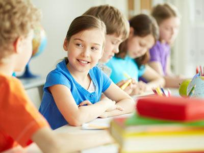 Sprachkurse und Unterricht in Englisch, Französisch, Spanisch, und Deutsch für Kinder