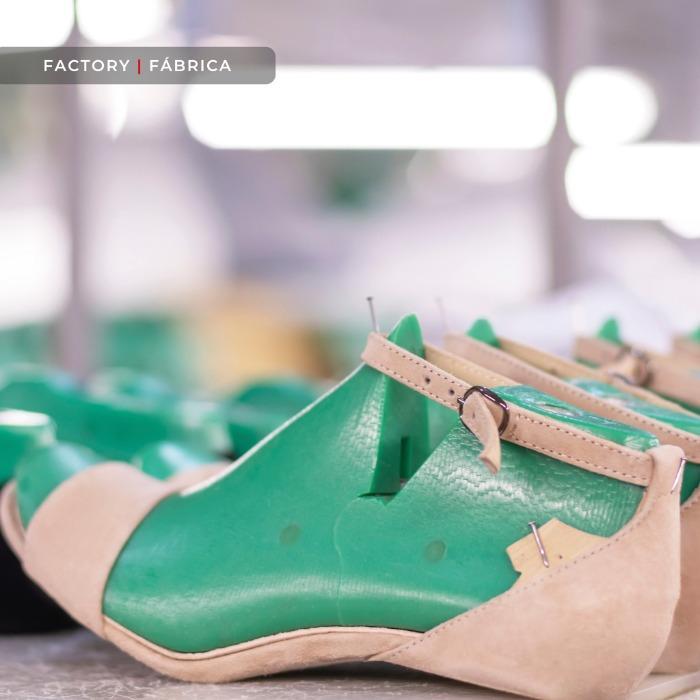 Services: Factory | Fábrica