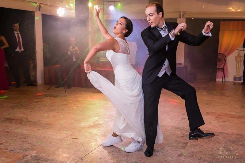 Bodas en Sevilla, Baile de novios