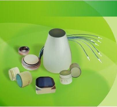 Arten: Platten, Elemente, Kegel, Beleuchtungsbündel. Technische Daten: gemäß den Anforderungen des Kunden. Werkstoff: optische Faser.