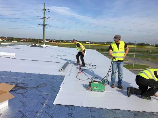 Flat roof insulated with termPIR AL boards.