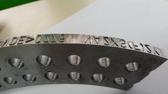 Mécanique et gravure de secteur de marquage en relief