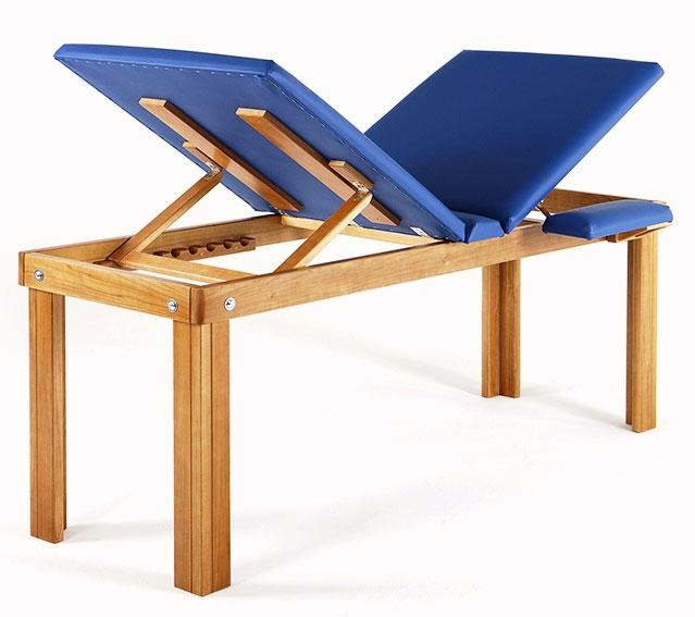 Wood furniture for aesthetic and medical centers. Cots, table, carts, display cases. Handmade in Italy