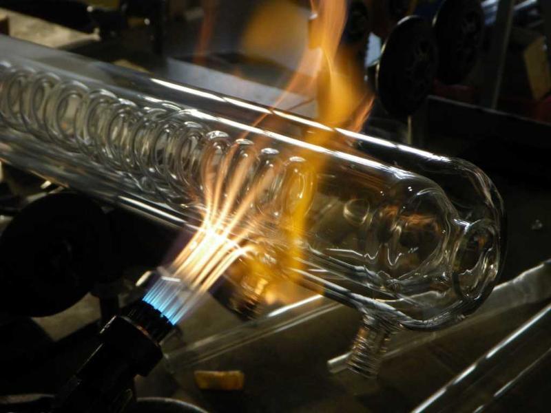 soufflage de verre chalumeau verre creux sur mesure