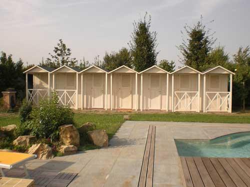 Cabine in legno per piscine con verandina anteriore