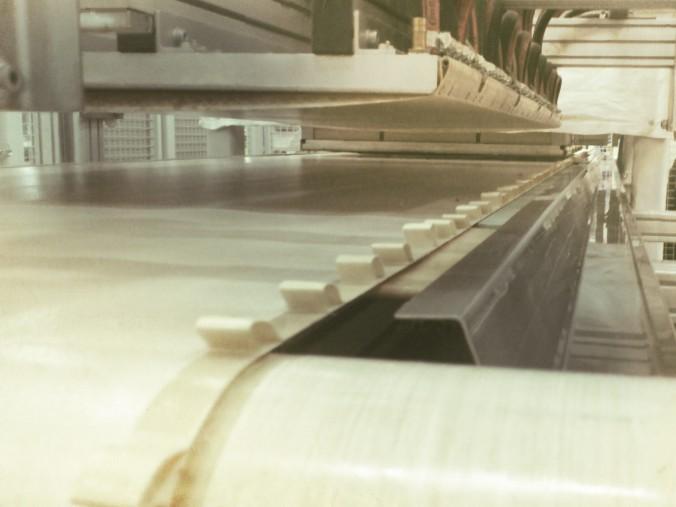 PTFE conveyor belt for composite lamination