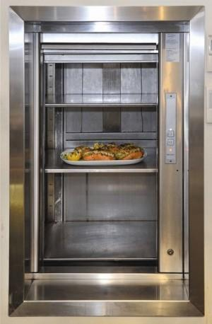 Dumbwaiter in pizzeria