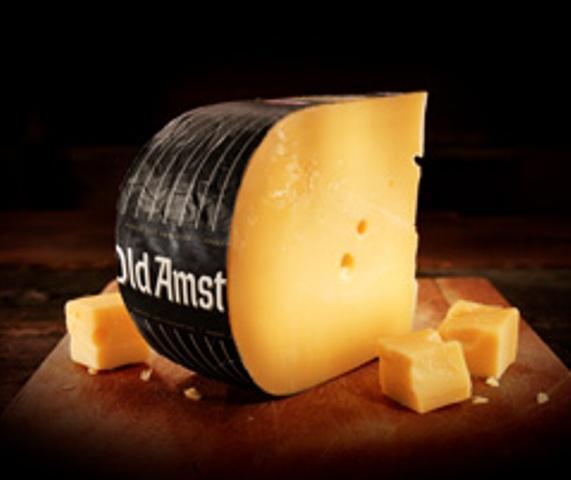 Old Amsterdam, Alter Gouda. Der berühmte alte Käse aus Holland.  - holl. Hartkäse  - mindestens 48% Fett i. Tr.  - pasteurisierte Kuhmilch  - Reifezeit: Ab 10 Monate